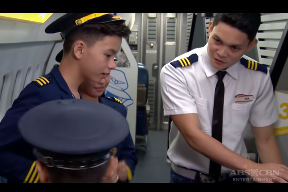 Aviation Academy in Kidzania Manila | Team Yey Time Out Image Thumbnail